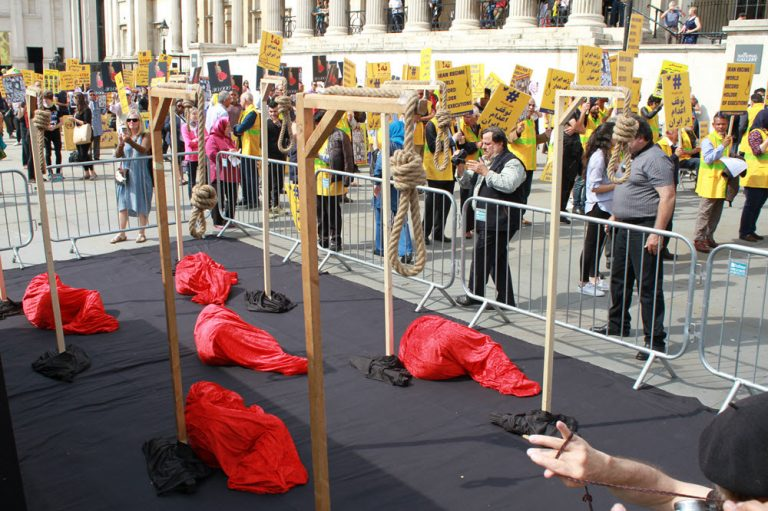 London Protest Calls for Justice Over Iranian Massacre