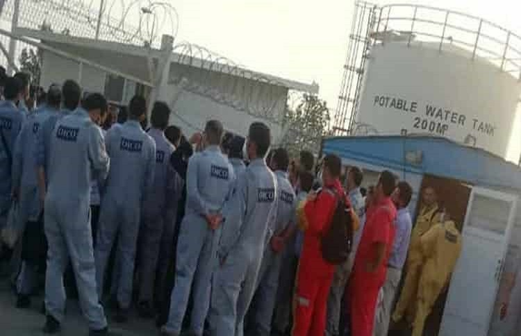 Iranian oil workers on strike