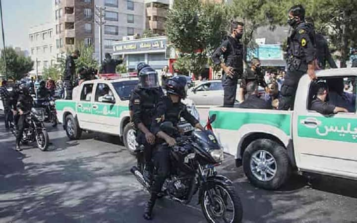 Iran's Government Arrests Youth in Connection With November 2019 Protests