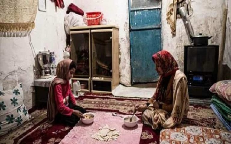 """""""Food Poverty Line"""" a Warning Sign of Iran's Silent Massacre"""
